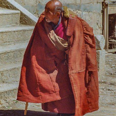 ein alter Mönch vom Kloster Labrang