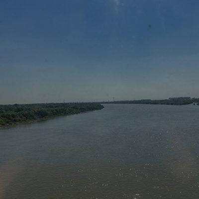 Transibirische Eisenbahn: der Fluss Irtysch
