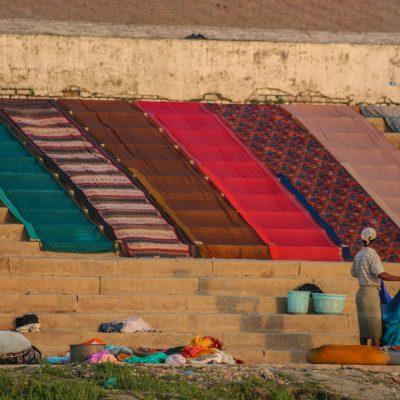 das Leben an den Ghats in Varanasi