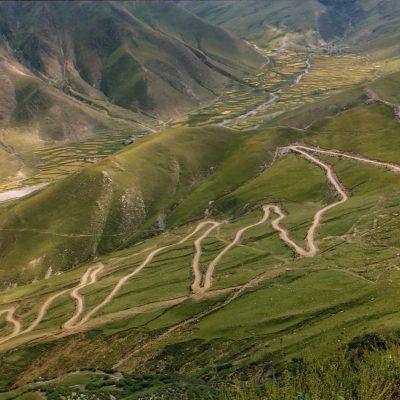 Der Weg zum Kloster Ganden